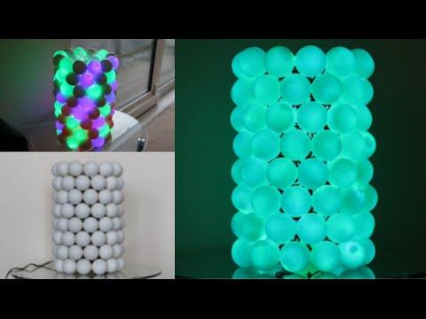 stupefacente lampada con palline da ping pong