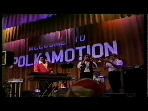 white table - Another clip from the Polkamotion tape of Ed V. from 1986. Maniu doing White Table. Yes, it isn't his original band but it's still Marion, The Golden Voice. ...