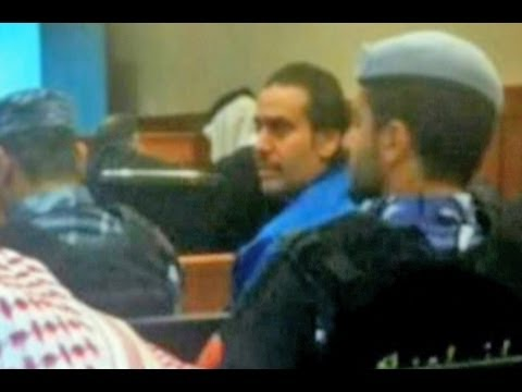 Qatari poet&#8217;s life sentence cut to 15 years