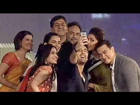 An epic celeb selfie at the Indian Of The Year Awards