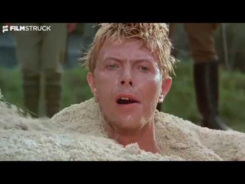 Merry Christmas Mr Lawrence, Nagisa Ôshima, 1983 - Bowie Buried in the Sand Scene