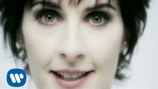 © 2006 WMGIt's In The Rain (Video)'Dark Sky Island' - Out 20th NovemberiTunes: http://po.st/iDSIdlx ¦ Amazon: http://po.st/aDSIdlxFollow Enya on:http://enya.com/https://www.facebook.com/officialenya/https://twitter.com/official_enyahttps://instagram.com/official_enya/Join the community: unity.enya.com