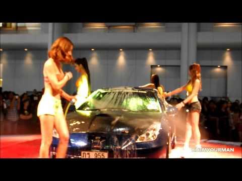 比基尼性感辣妹濕身洗車,洗車已經不是重點了!