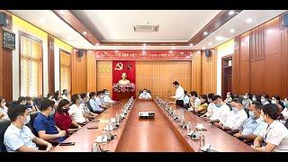 Thành ủy Uông Bí Công bố các Quyết định về công tác cán bộ