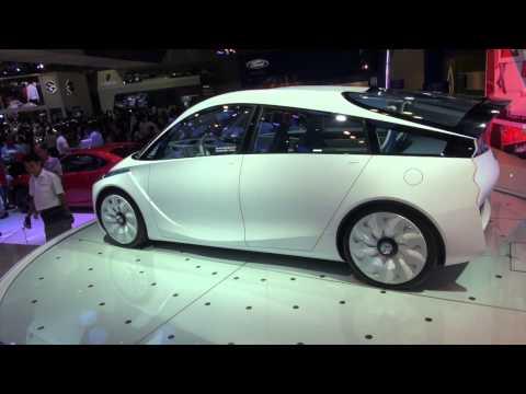 Toyota FT-Bh, xe concept thân thiện với môi trường