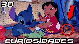 """30 cosas que quizás no sabías de Lilo & Stitch  30 Secretos de Lilo y Stitch  Los 30 Mejores Datos de Lilo & Stitch   Walt Disney Pictures ● ● ● ● ● ● ● ● ● ● ● ● ● ● ● ● ● ● ● ● ● ● ● ● ● ● ● ● ● ● ● ● ● ● ► ¡Sígueme en Twitter! https://twitter.com/NeiterAllGame► ¡Bienvenido a la infancia! http://goo.gl/a96yGf● ● ● ● ● ● ● ● ● ● ● ● ● ● ● ● ● ● ● ● ● ● ● ● ● ● ● ● ● ● ● ● ● ● Si el vídeo te ha gustado, házmelo saber dándole manito arriba y dejando tu comentario. Sería fantástico si lo compartes con tus amigos.Saludos desde Venezuela!----------------------------------------------------------------------------------------------------------Curiosidades (Referencias – Parodias – Cameos – Secretos - Easter Eggs – Errores)-----------------------------------------------------------------------------------------------------------►Curiosidades1. Fue nominada a un Oscar como """"Mejor película animada"""",  aunque al final el codiciado premio se lo terminó llevando """"El Viaje de Chihiro"""".2. Contó con un presupuesto de 80 millones de dólares y logró recaudar 273 millones.3. Al comienzo de la película, Stitch hace un rastro de saliva de la famosa """"D"""" de los estudios de Disney. 4. Algunos de los alienígenas que vimos en la cinta, están inspirados en otros personajes de Disney. 5. Cuando Stitch logra escapar con la nave y se dirige a la tierra, se hace una referencia al área 51.6. Se puede ver en una celda al Dr. Hamsterviel.7. Uno de los directores de esta cinta fue Chris Sanders.8. El nombre de """"Lilo"""" viene del idioma Hawaiano, y significa """"Generosa"""". 9. La cara triste de la muñeca de Lilo, se convierte en una sonrisa, cuando Lilo la pone en sus brazos. Como si la pequeña muñeca tuviera sentimientos, un poco al estilo de """"Toy Story"""".10. En la puerta de Lilo se ve un letrero que dice """"kapu"""". Esta es una palabra hawaiana, que se traduce como """"No entrar"""". 11. En una escena se puede ver un muñeco de Dumbo. 12. Cuando Nani firma los documentos para adoptar a Stitch, se puede ver que el no"""