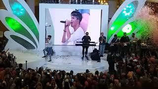 Rizky fabian penantian berharga at event pixy royal plaza surabaya 10 september 2017