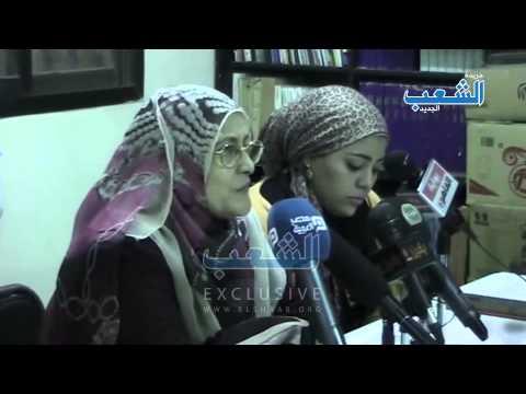 """والدة المعتقل عمرو ربيع: """"المحكمة عملت نموذج حبس وهي ماشافتش ابني"""""""