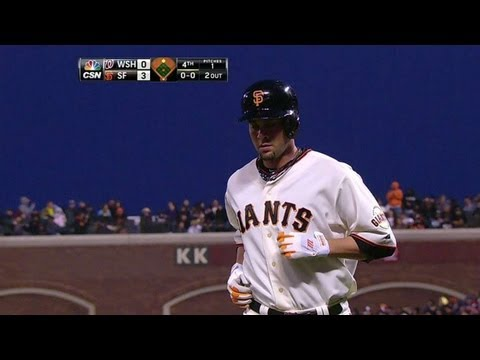 Video: WSH@SF: Giants pad lead on Vogelsong's squeeze bunt