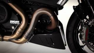 1. 2011 Ducati Diavel Testastretta Engine