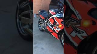 2. 1997 Honda CBR900RR