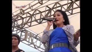 Dangdut Koplo Angkles Terbaru New Pallapa 2016 Lilin Herlina - Mawar Ditangan Video