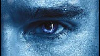 """משחקי הכס (באנגלית: Game of Thrones) היא סדרת פנטזיה טלוויזיונית אשר נוצרה על ידי צמד המפיקים האמריקאים-יהודיים דייוויד בניוף וד.ב. וייס עבור רשת HBO האמריקאית. הסדרה מבוססת על """"שיר של אש ושל קרח"""" – סדרת ספרי פנטזיה אפית מאת הסופר האמריקאי ג'ורג' ר. ר. מרטין המתרחשת בעולם בדיוני המדמה את תקופת ימי הביניים, ונושאת את שם הכרך הראשון של סדרת הספרים הזו. צילומי הפנים נערכים באולפני Titanic Studios בבלפסט שבצפון אירלנד, וצילומי החוץ נעשו בין היתר גם במלטה, קרואטיה, סקוטלנד, מרוקו, איסלנד, ספרד, ארצות הברית וקנדה.הסדרה, שציפיות גבוהות ליוו אותה כבר בשלבים הראשונים של פיתוחה, התקבלה היטב הן על ידי הקהל והן על ידי המבקרים. היא הייתה מועמדת לפרסים רבים, בהם פרס אמי ופרס גלובוס הזהב עבור הסדרה הדרמטית הטובה ביותר, וכן פרס הוגו ופרס סטורן, וזכתה בחלקם. פיטר דינקלג', המגלם את דמותו של טיריון לאניסטר, זכה גם בשני פרסי אמי וגם בפרס גלובוס הזהב בקטגוריית שחקן המשנה הטוב ביותר בסדרת דרמה. הביקורות השליליות על הסדרה התמקדו בסצנות העירום והמין הרבות ובאלימות הקשה המופיעה בה.העלילה מתרחשת בשתי יבשות הנקראות ווֶסטֶרוֹז ואֶסוׂס, הממוקמות בעולם בדיוני שהקיץ והחורף נמשכים בו שנים. הסיפור מתחיל בתום קיץ ארוך במיוחד, ומתפצל למספר קווי התרחשות. הראשון עוקב אחרי המלחמה בין בתי האצולה של שבע ממלכות ווסטרוז הנאבקים על הכס לאחר מות המלך. השני מגולל את איום החורף הקרב ואת שובן של מפלצות אגדיות מהצפון הרחוק והקפוא. קו נוסף עוסק בניסיונה של היורשת האחרונה לשושלת המלוכה הקודמת של ווסטרוז לחזור לממלכה ולהשיב את הכתר. באמצעות דמויות ראשיות מורכבות שמניעיהן סבוכים, הסדרה בוחנת סוגיות של מעמד חברתי, דת, מלחמה, חטא ועונש ומיניות. """"משחקי הכס"""" היא עתירת תקציב ותרמה מאוד לפופולריות של סוגת הפנטזיה. עד כה עובדו חמישה מספרי הסדרה """"שיר של אש וקרח"""" (""""משחקי הכס"""", """"עימות המלכים"""", """"סופת החרבות"""", """"משתה לעורבים"""" ו""""ריקוד עם דרקונים"""") וישנם שני ספרים שטרם יצאו.העונה הראשונה עלתה לשידור בארצות הברית ב-17 באפריל 2011. יומיים בלבד לאחר מכן אושרה עונה שנייה, שהוקרנה ב-1 באפריל 2012. תשעה ימים לאחר מכן הוזמנה עונה שלישית, וזו החלה ב-31 במרץ 2013. העונה הרביעית החלה ב-6 באפריל 2014, העונה החמישית, החלה את שידוריה ב-13 באפרי"""