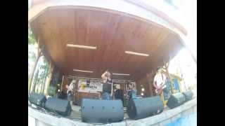 Video Sail This Ship Together - Stereotype / live rockem proti rakovin
