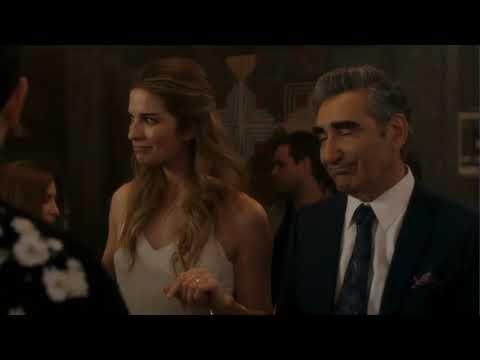 Schitt's Creek Season 2 Finale Ending Scene