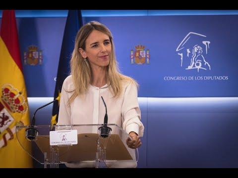 Rueda de prensa de Cayetana Álvarez de Toledo tras...