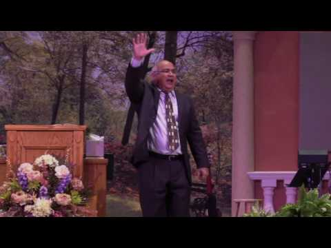 """""""El Vive"""" Pastor David Zamora"""
