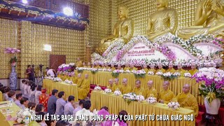 Trang nghiêm nghi thức dâng cúng Pháp Y của Phật tử chùa Giác Ngộ