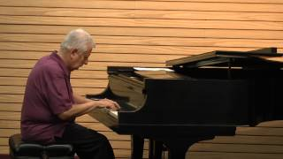 NJ Pianist Karl Tricomi Performs