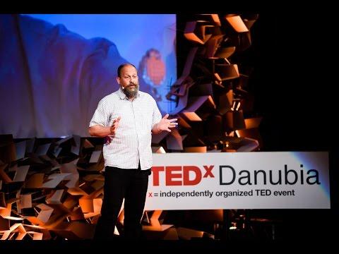 A virtuális életre kel - Ádám Magyar - TEDxDanubia