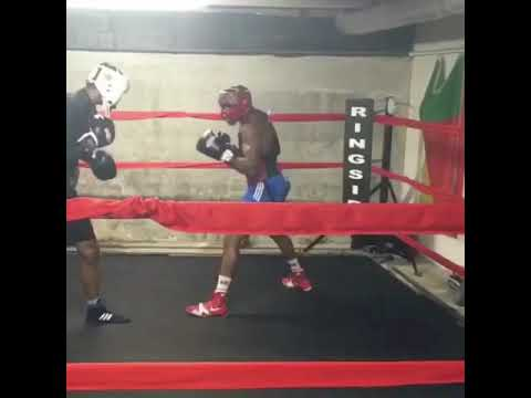 KeAndre Gibson sparring at Sweat Boxing Gym !