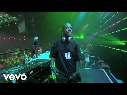 Snoop Dogg - 2 of Amerikaz Most Wanted (Live at the Avalon)