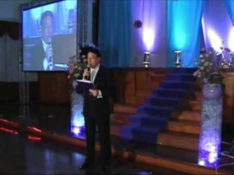 ENTRADA 15 AÑOS - Edio Lewandowski atuando como Mestre de Cerimonias na festa de 15 anos da Isadora Navarini. em Porto Alegre - RS - www.ediolira.com.br.