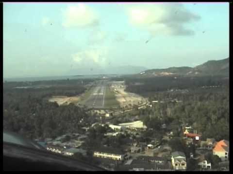 Koh Samui Airport Landing Pilot View