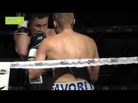 Velada Anaitasuna kickboxing combate 5 cámara lenta