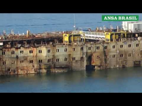 Video: Costa Concordia makes final journey to scrapyard
