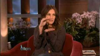 Video Julia Roberts - Ellen's Birthday's Surprise MP3, 3GP, MP4, WEBM, AVI, FLV Februari 2018