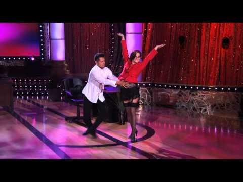Nora Salines, Bailes de la Gran Final  - Thumbnail