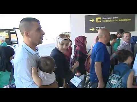 Vídeo de la llegada de los refugiados este martes a Madrid