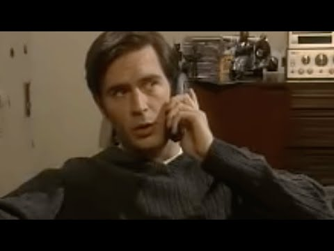 Coupling: Out of control telephone pause - BBC comedy