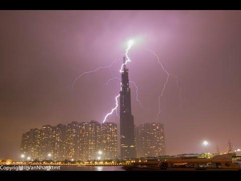 Cận cảnh sét đánh vào tòa nhà Landmark 81 tầng - Thời lượng: 26 giây.