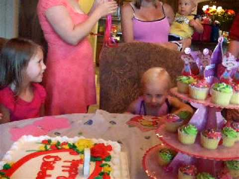 Video Happy 3rd Birthday to Alyssa download in MP3, 3GP, MP4, WEBM, AVI, FLV January 2017