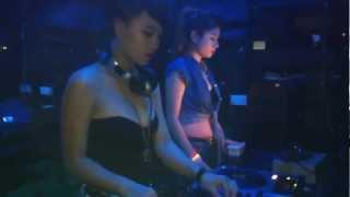 Dj Tít vs Gangnam style 2013
