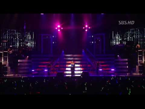 Namie Amuro - Body Feels Exit From Seoul Concert, 2004