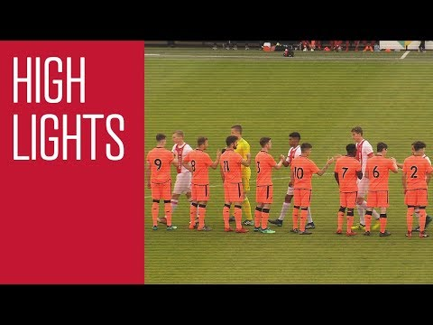 Highlights Ajax O19 - Liverpool O19