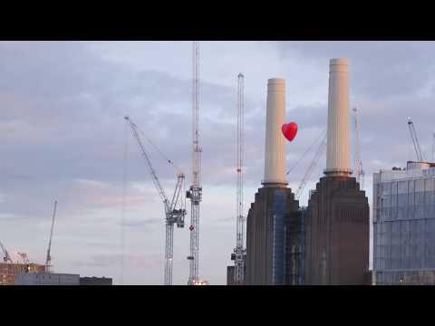 Chubby Hearts Over London