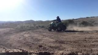 7. Drifting on the Kawasaki kfx 90 quad