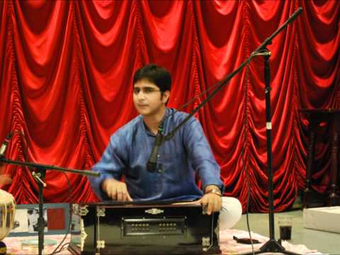 Video INDIAN CLASSICAL SOLO HARMONIUM BY Suvendu Banerjee download in MP3, 3GP, MP4, WEBM, AVI, FLV January 2017