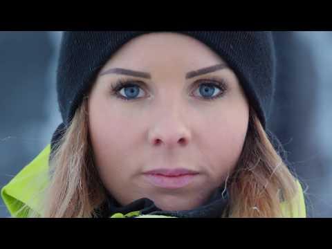 ELLA SNÄLL FIRST WOMAN TO BACKFLIP A SNOWMOBILE!!