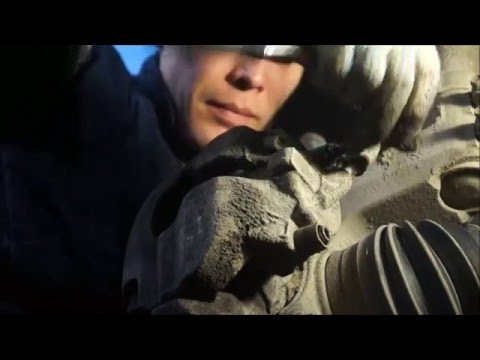 Замена передних тормозных колодок на фольксваген каравелла фото