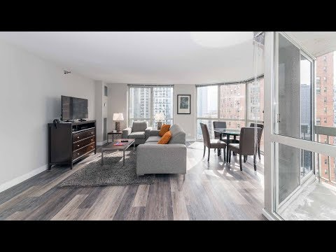 A furnished 2-bedroom, 2-bath on the River North / Gold Coast border