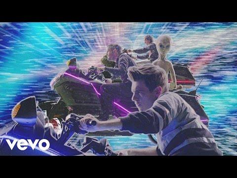 Tekst piosenki Klaxons - Show Me a Miracle po polsku