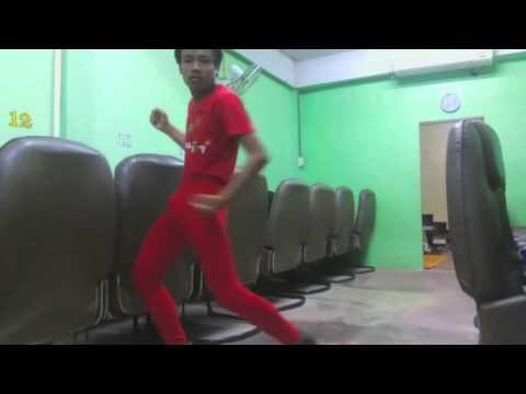 Huyền thoại nhảy bá đạo của Thái Lan !