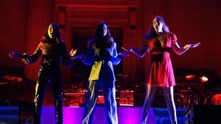 Haim - Walking Away – Live in Berkeley