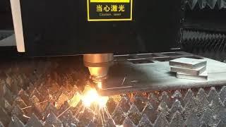 Laser cutting machine for sheet metal 2060 large-format workbench youtube video