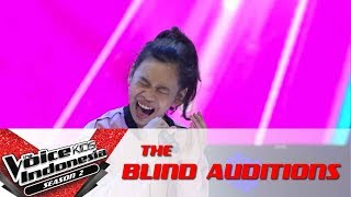 "Video Nabila ""Side To Side"" 